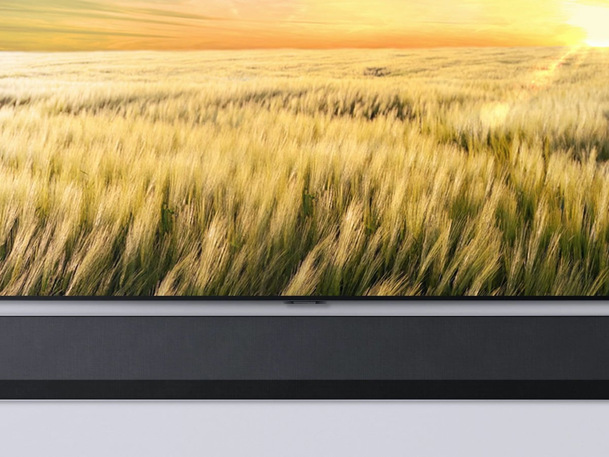 LG GX Mounted Soundbar adjusts audio levels to what you're listening to