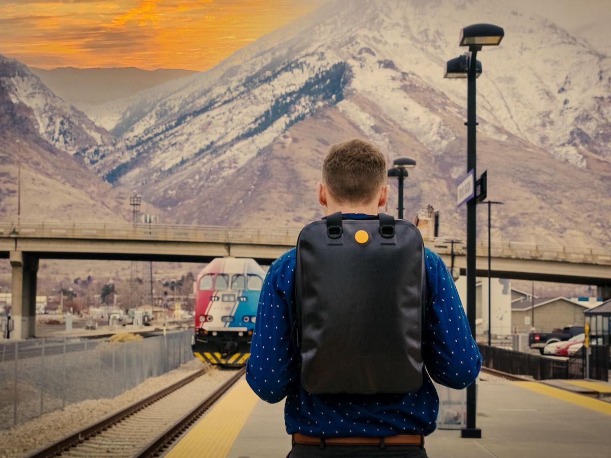 MVB Backpack Series minimalist bags make your everyday backpack elegant and waterproof