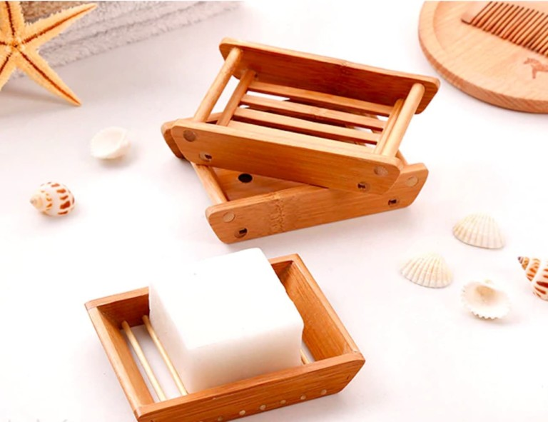 Minimalist Bamboo Self-Draining Soap Dishes