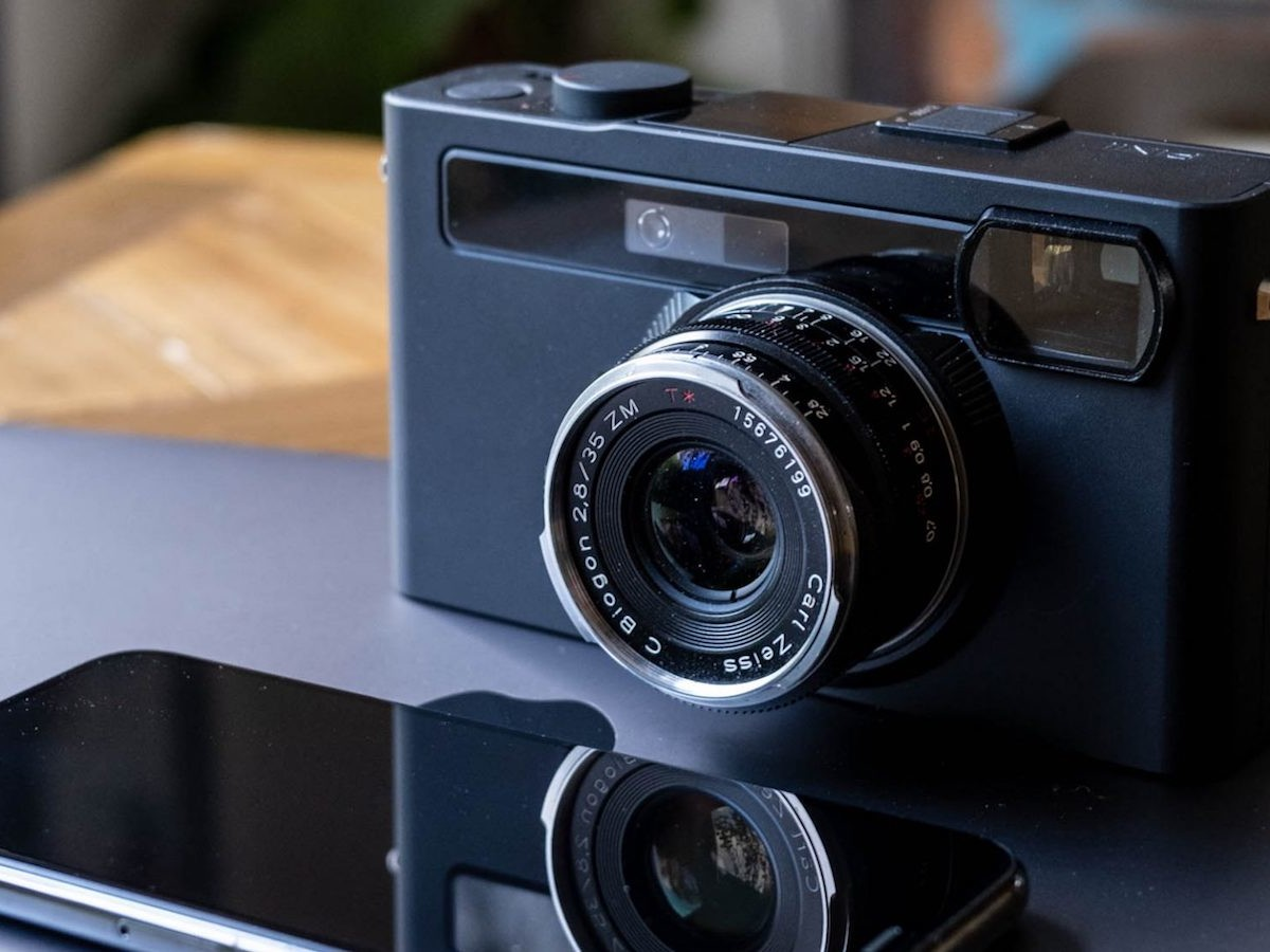 This digital rangefinder camera connects to your phone