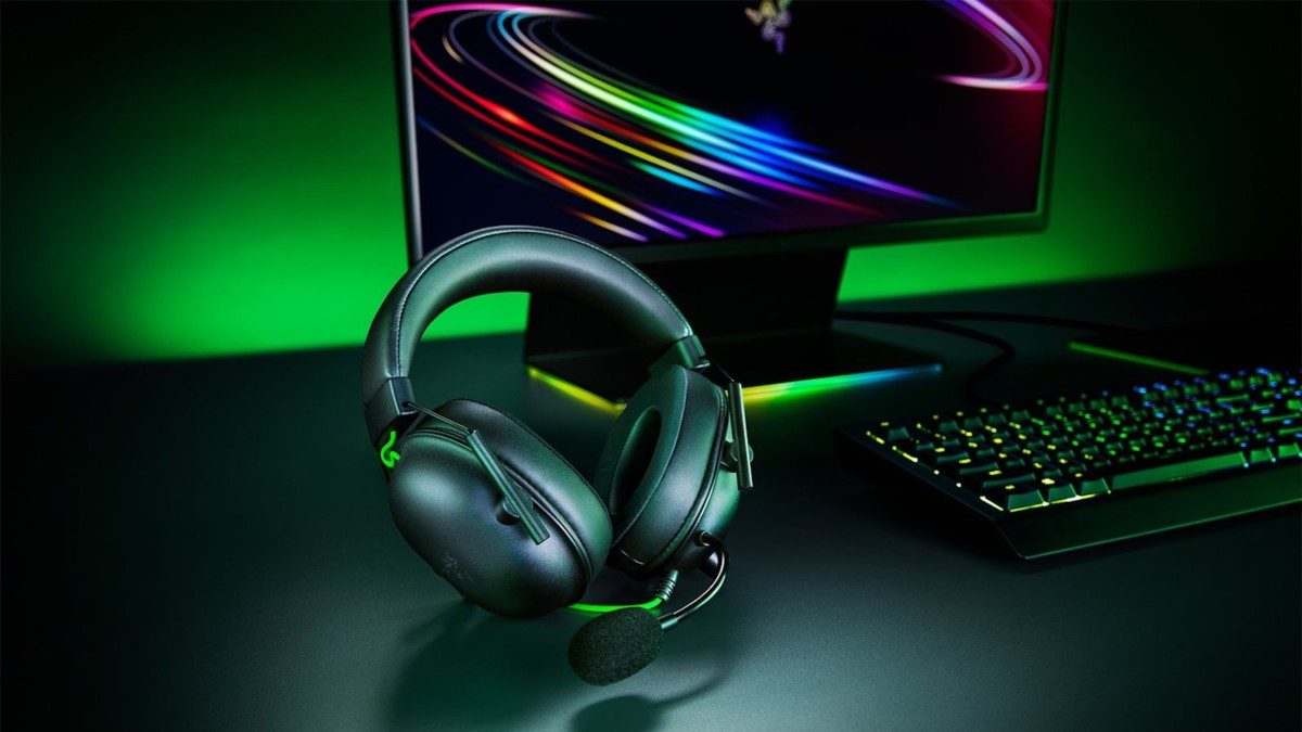 Razer BlackShark V2 X Wired Gaming Headset offers noise cancellation