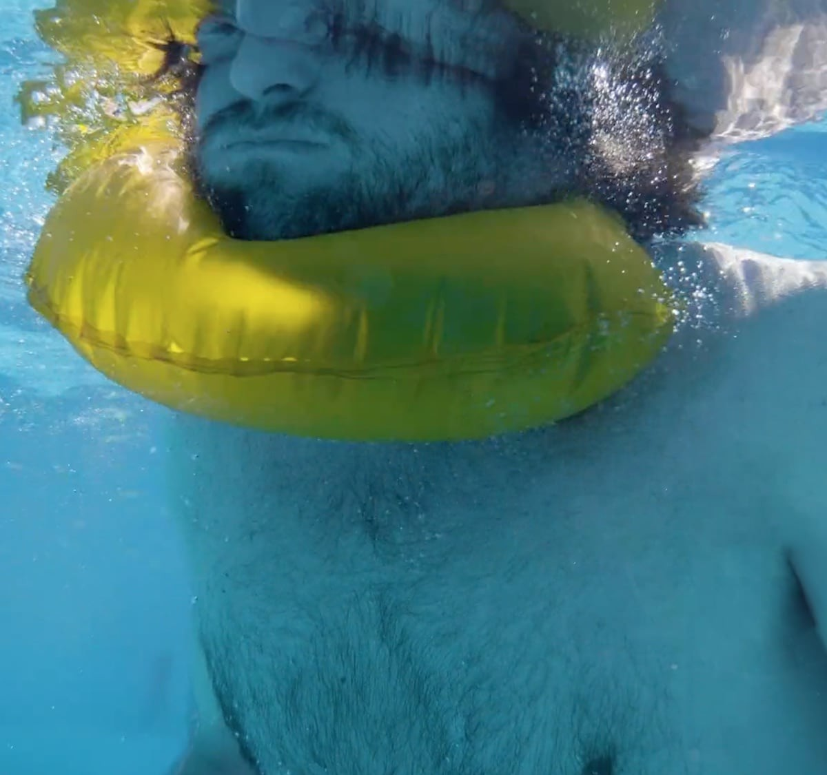 Wuanap Smart Life Collar keeps your head above the water