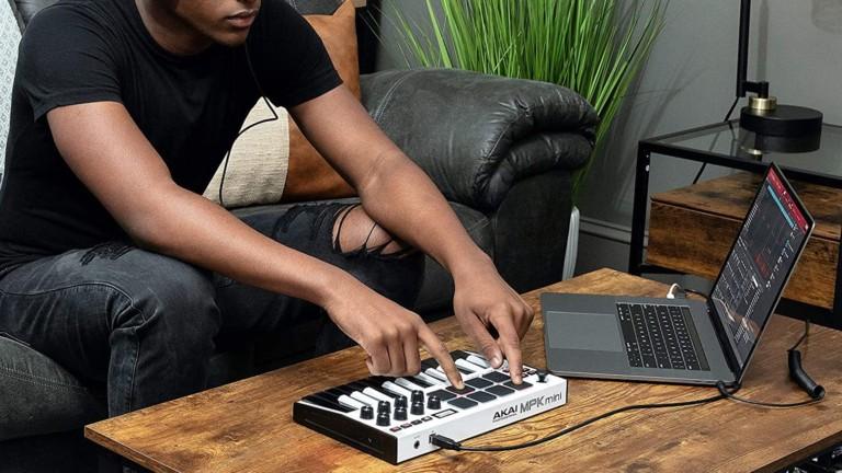 Akai Pro MPK mini mk3 small keyboard controller lets you create songs