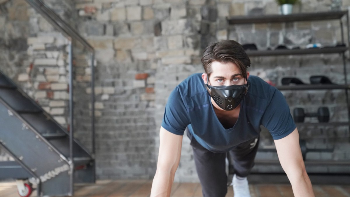 CX9 customizable smart mask filters bacteria out of the air you breathe