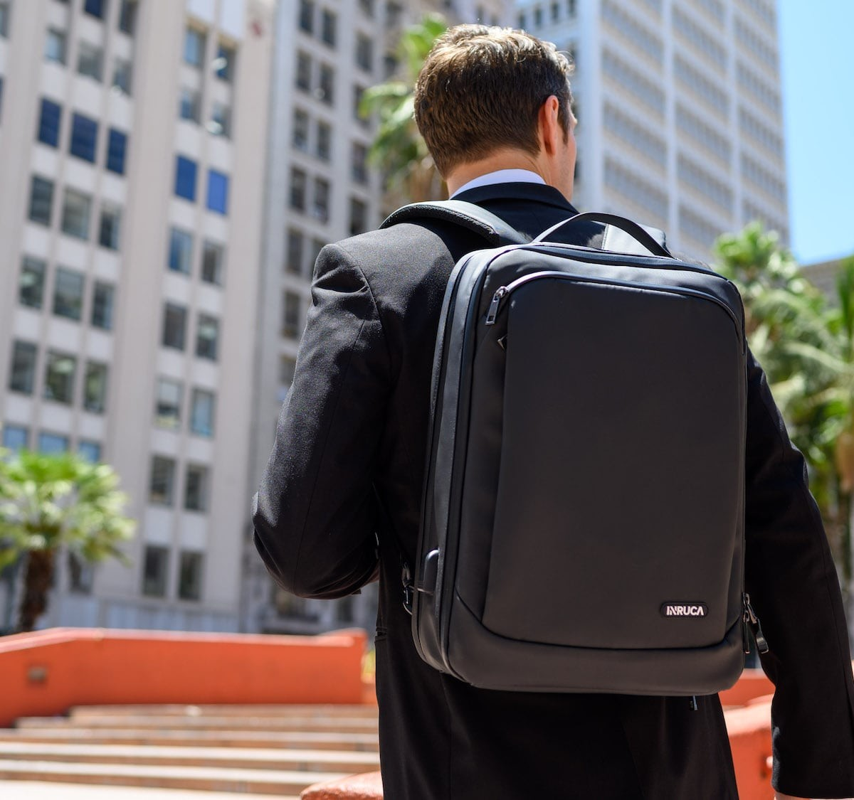 INRUCA everyday bag offers real-time tracking of contents via mobile app