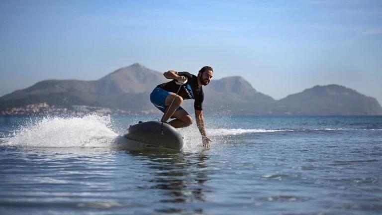 Les planches de surf et les gadgets de plage les plus cool pour profiter au maximum de l'été »Gadget Flow