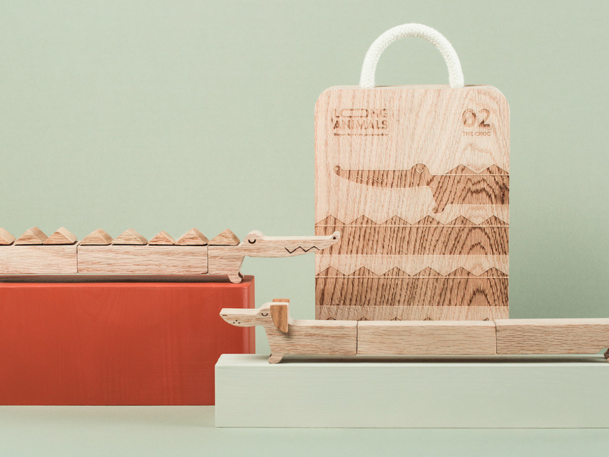 Long Animals wooden kids' toys are environmentally friendly