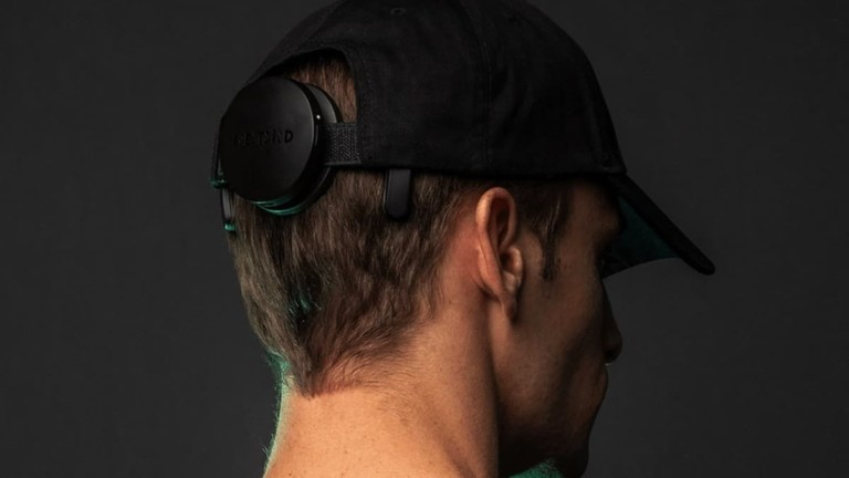NextMind Dev Kit Brain-Sensing Wearable