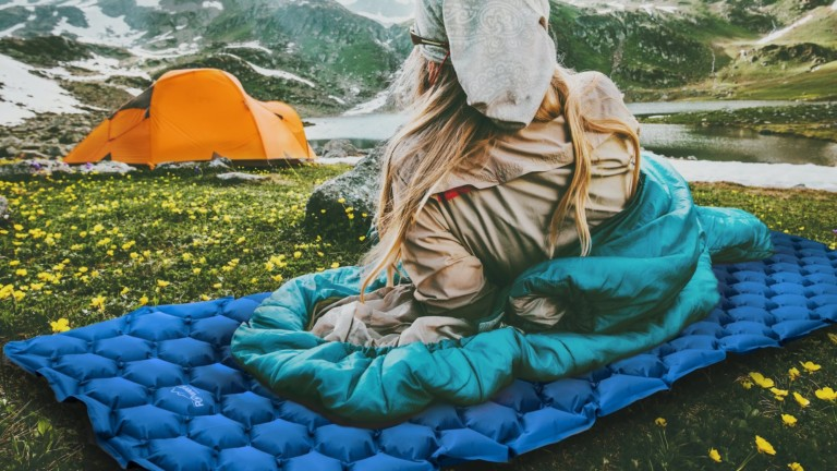 POWERLIX ultralight sleeping pad uses body mapping technology