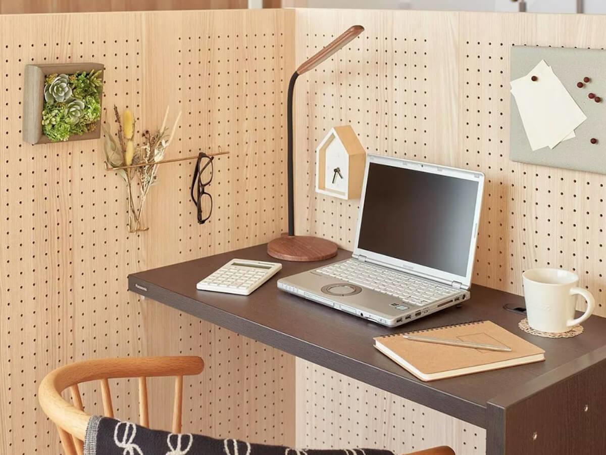 Panasonic Komoru private home cubicle creates a partial room