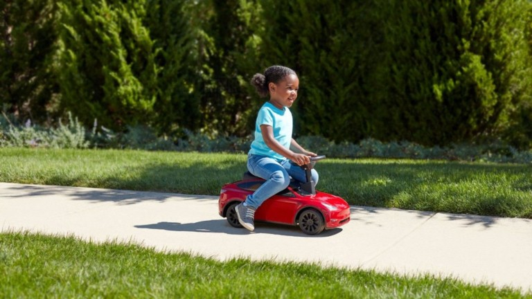 Radio Flyer My First Model Y Tesla kids' car provides a driving experience