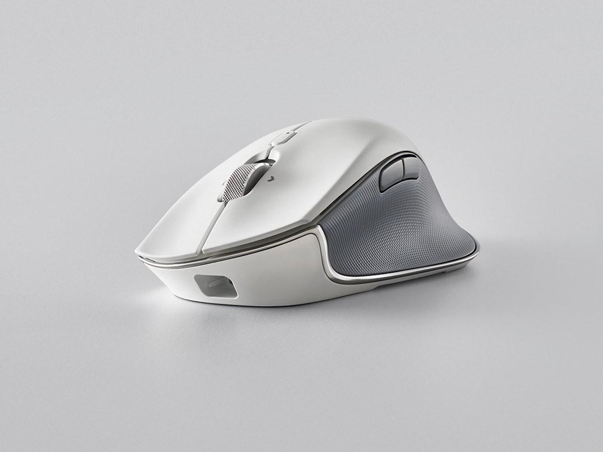 Razer Pro Click ergonomic wireless mouse maximizes your productivity