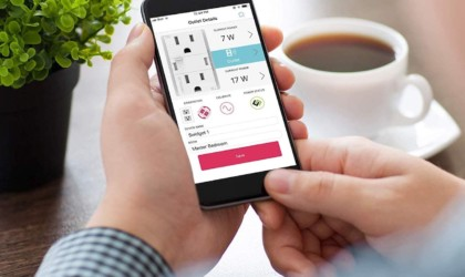 Swidget Customizable 15A Smart Outlet