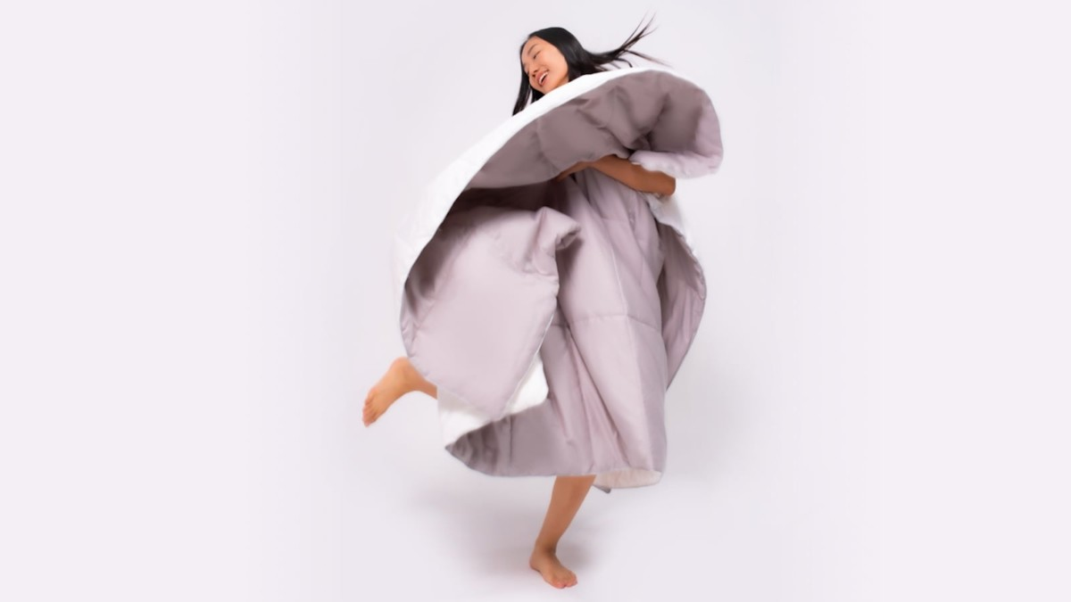 Vesta thermoregulating duvet is filled with silk for all-season use
