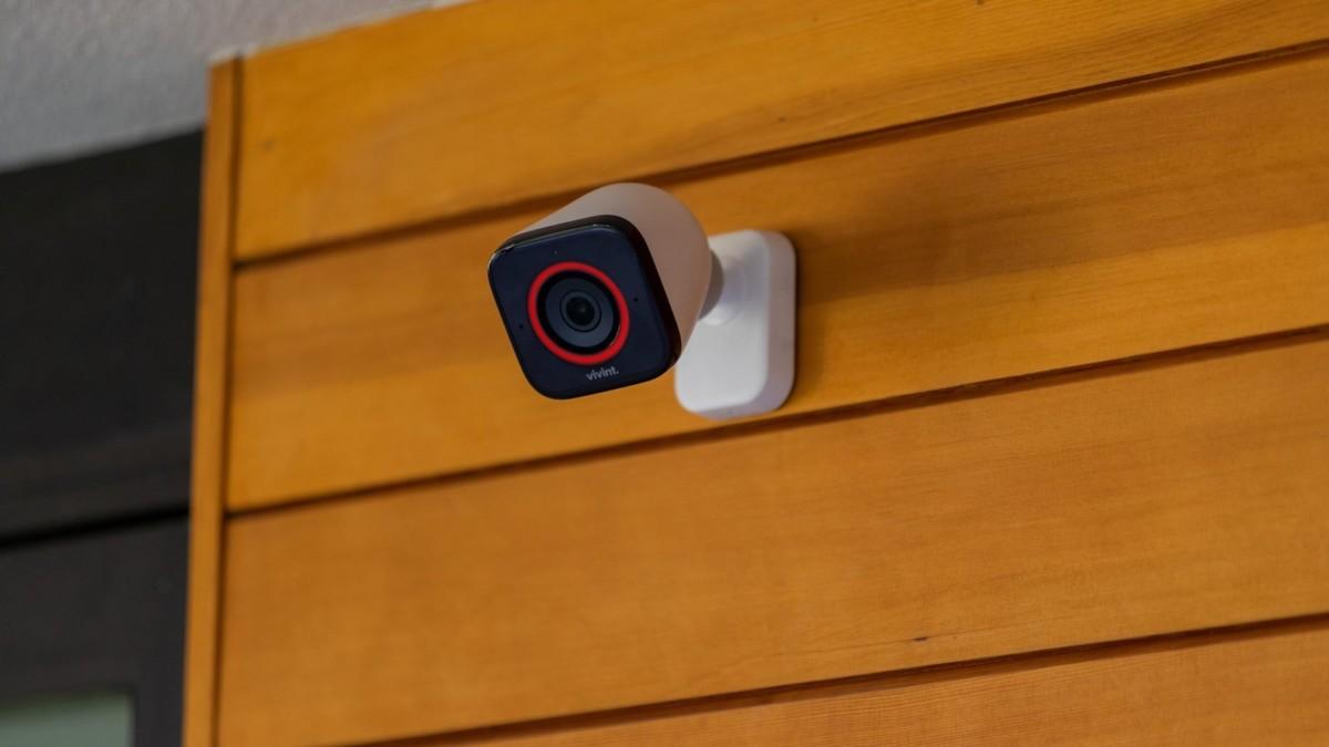 Vivint Outdoor Camera Pro smart surveillance system features lurker detection