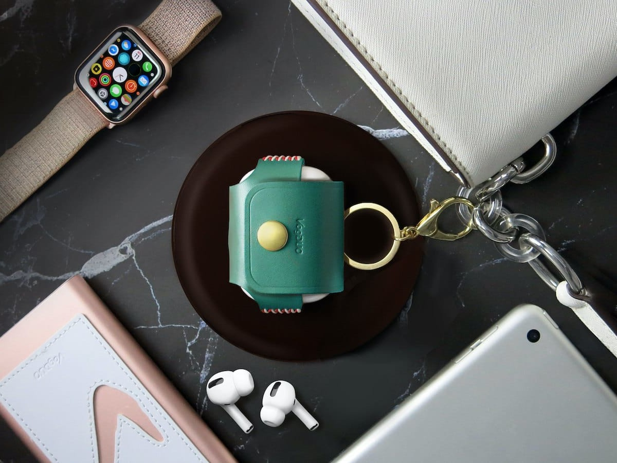 VogDUO Genuine Handmade Leather Collection includes an iPhone 12 stand & AirPods Pro case