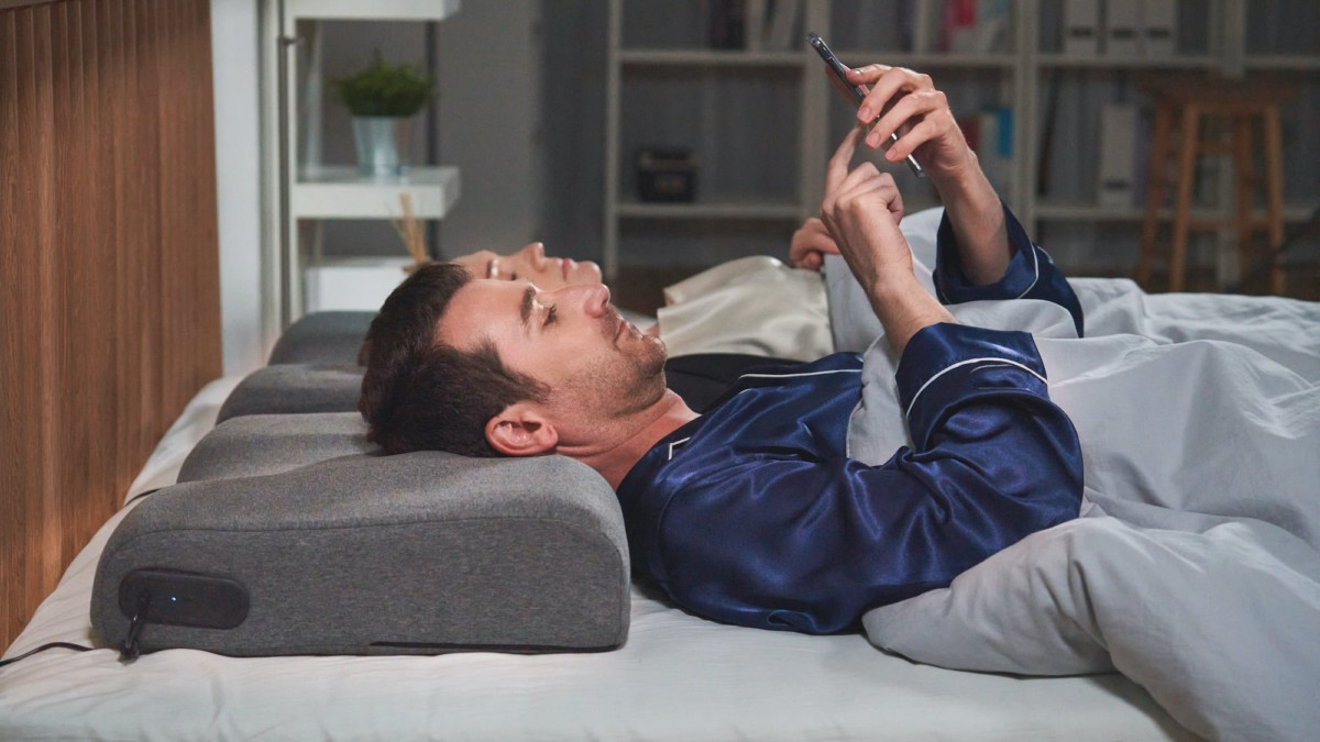 ZEREMA AI height-adjusting pillow responds when it detects snoring