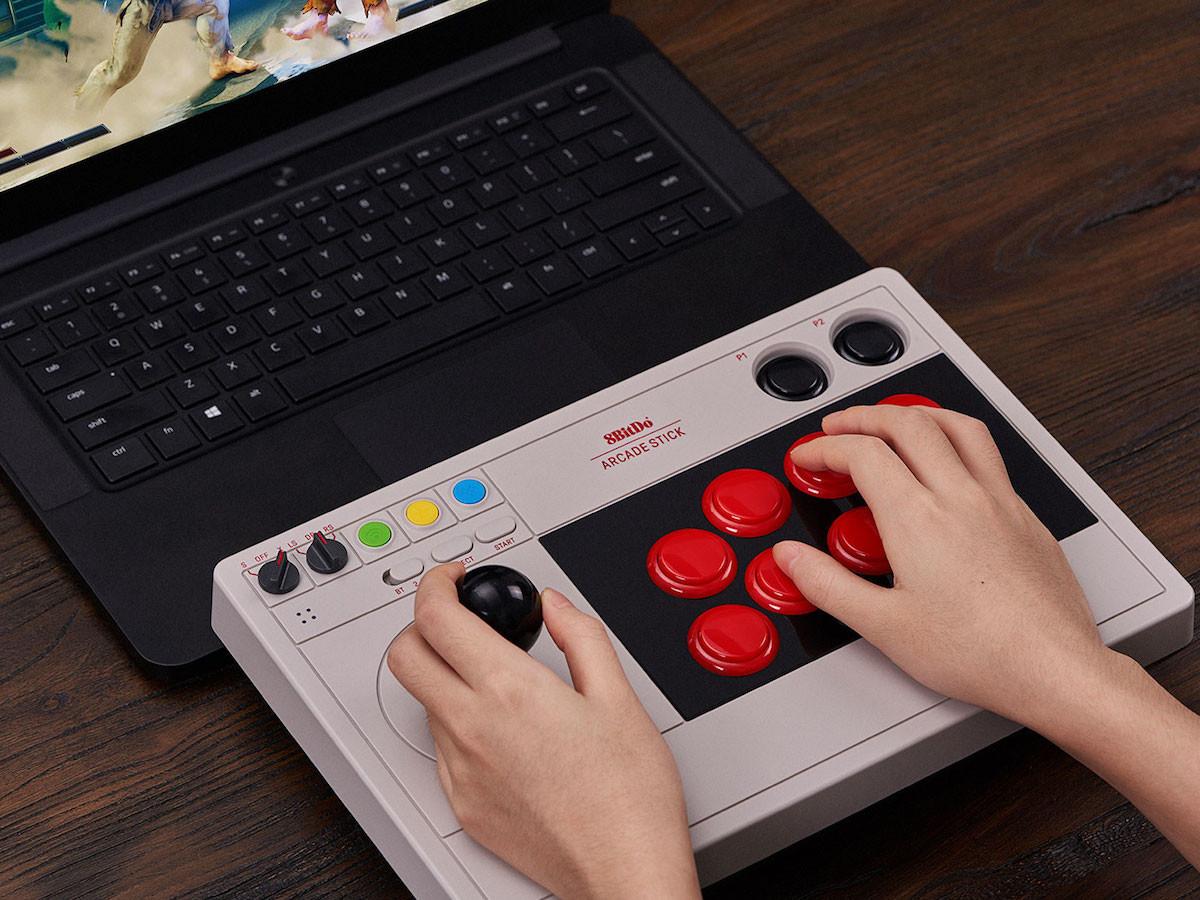 8BitDo Arcade Stick joystick modernizes a retro gaming style
