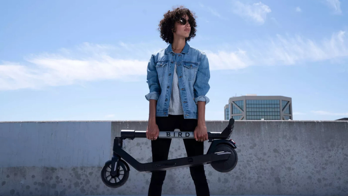 Bird Air compact electric scooter has Bluetooth connectivity