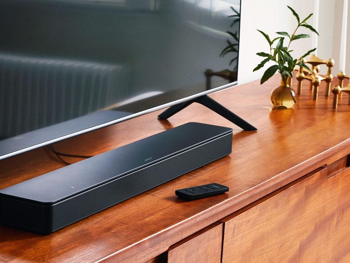 Bose Smart Soundbar 300 sleek speaker gives you spacious sound and versatile connectivity