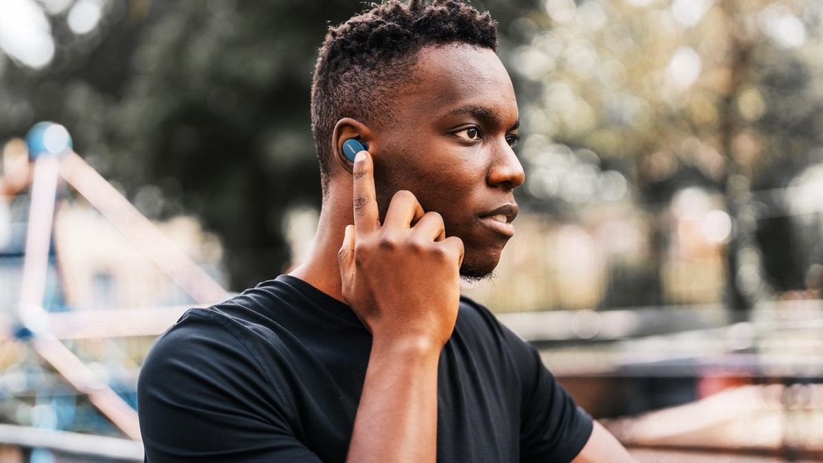 Bose Sport Earbuds workout earphones give you lifelike sound