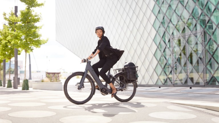 Canyon Precede:ON CF 8 Series electric city bikes take you around urban areas with ease