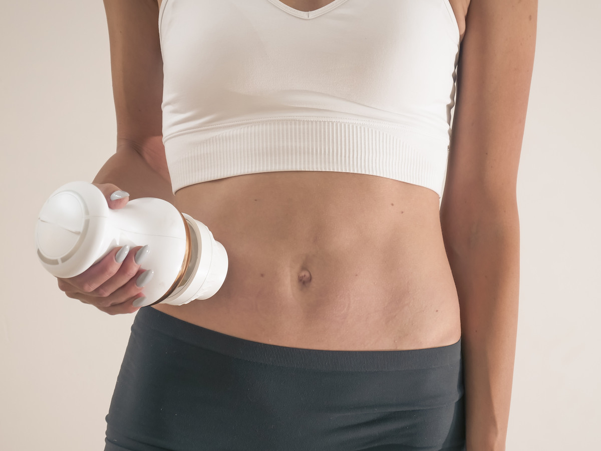Fat Blaster Hot & Cold body sculptor targets unwanted fat, bulges, cellulite, skin lumps, & bumps