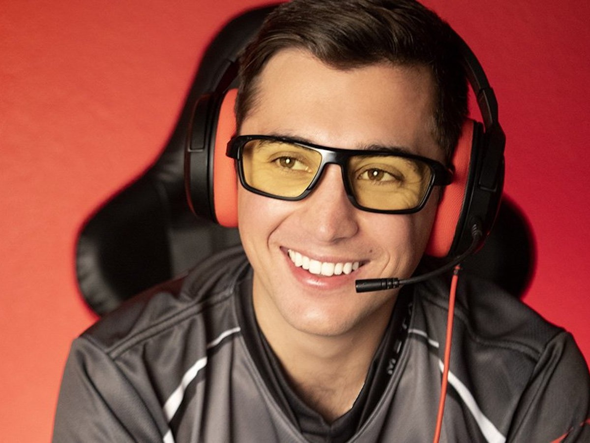 GUNNAR Lightning Bolt 360 gaming glasses relieve temple pressure