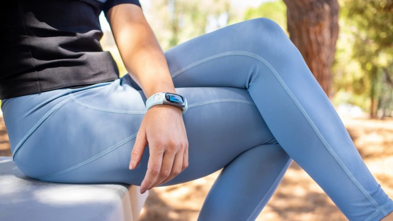 Hela blood sugar testing watch requires no pricking or pain