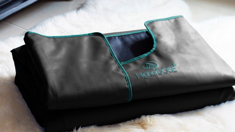 Infrared Sauna Blanket V3 by HigherDOSE increases blood flow