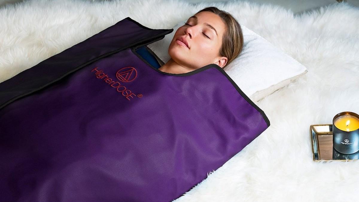 Infrared Sauna Blanket V3 by HigherDOSE increases blood flow