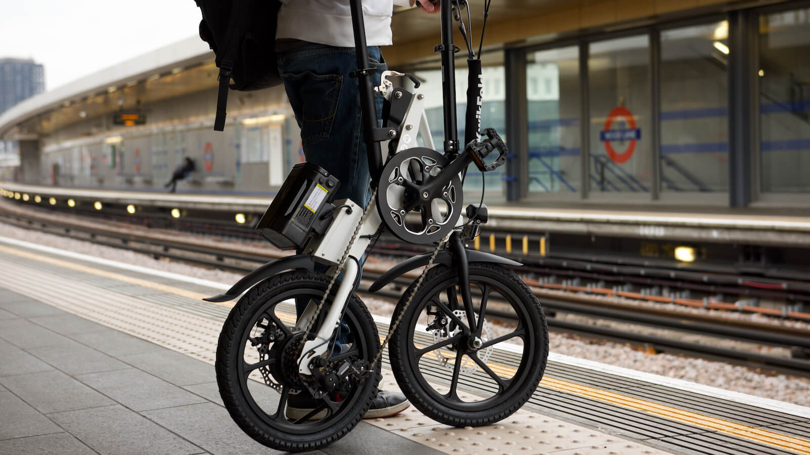 KwikFold X-ite 3A electric folding bike has an aluminum frame