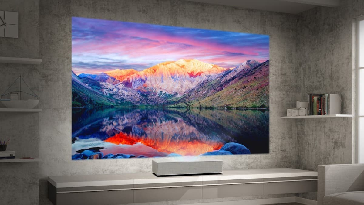 Best-performing projectors that can replace TVs in your living room