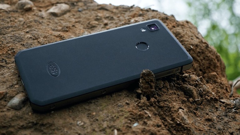 Land Rover Explore R outdoor smartphone can withstand drops and water