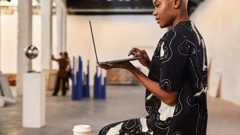 Lenovo IdeaPad Slim 7 14″ laptop has a 10th-Gen Intel Core processor