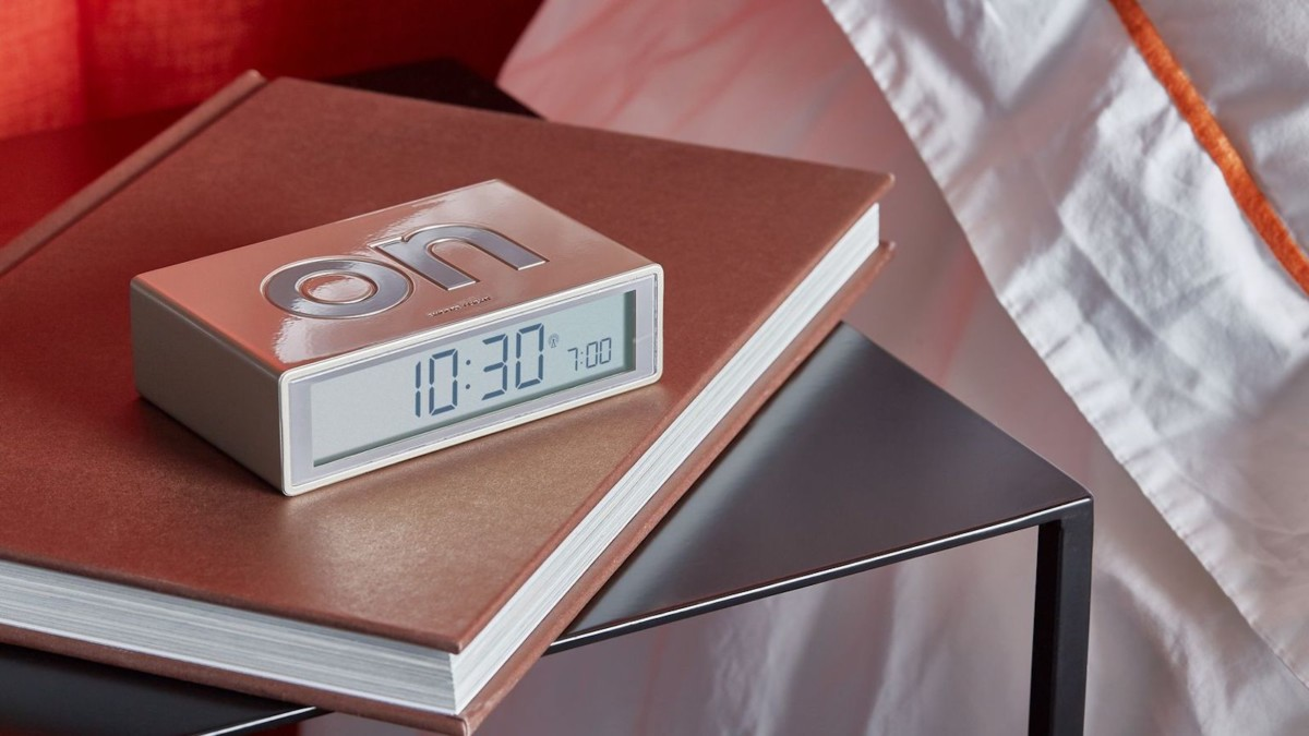 Lexon Flip+ LCD alarm clock has a reversible display