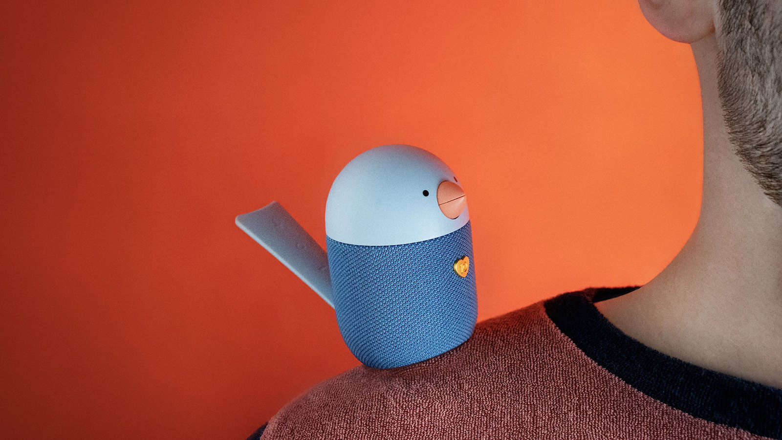 Libratone BIRD small Bluetooth speaker has interactive touch controls