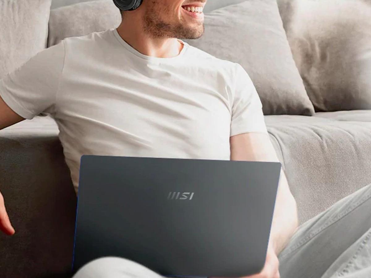 MSI Prestige 14 EVO thin laptop uses 11th-Gen Intel Core i7 processors