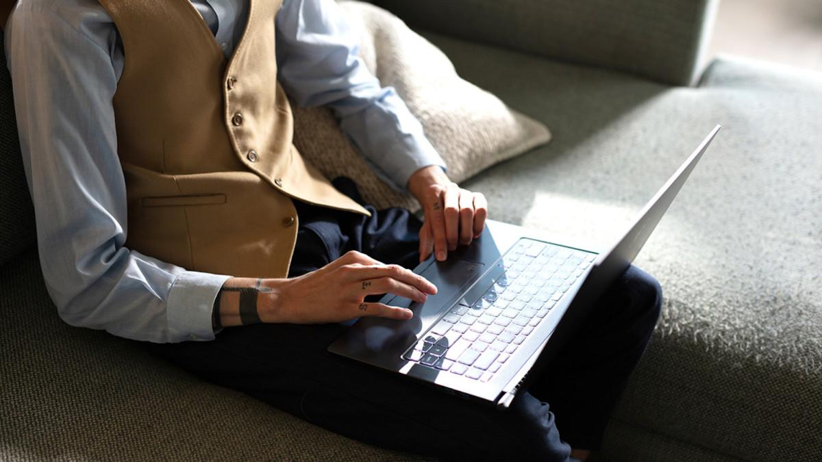 MSI Prestige 14 & 15 powerful laptops have a 6-core processor