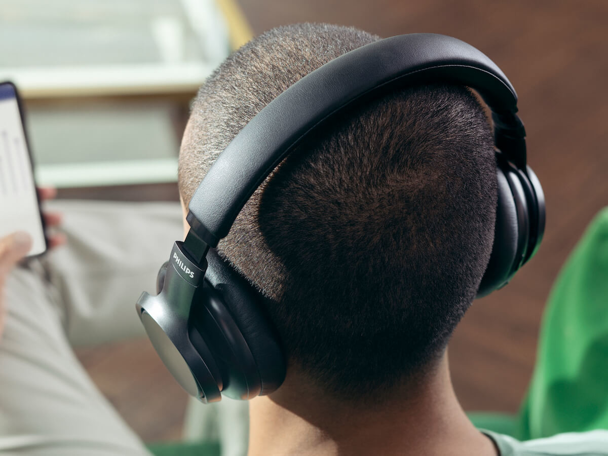 Philips H9505 over-ear headphones feature touch controls