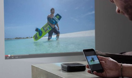 Philips PicoPix Smart Pocket Projector