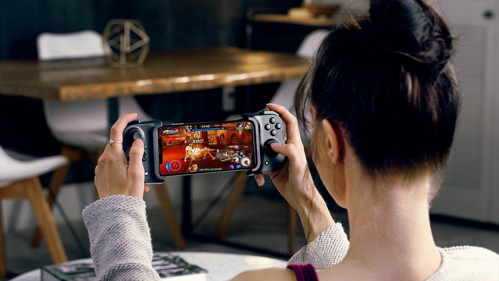 Razer Kishi iOS gaming controller gives you console-level control