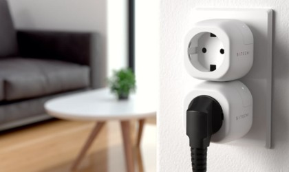 Satechi Smart Outlet Wi-Fi Plug