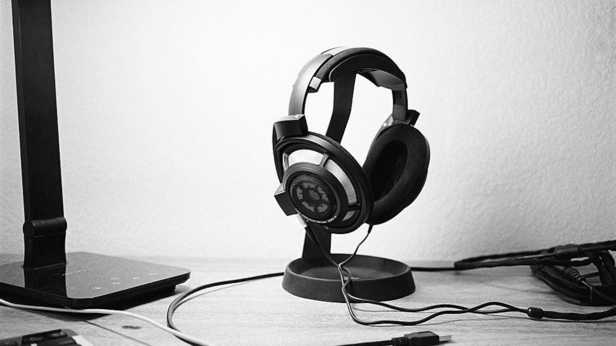 Sennheiser HD 800 S anniversary edition headphones feature a transducer system