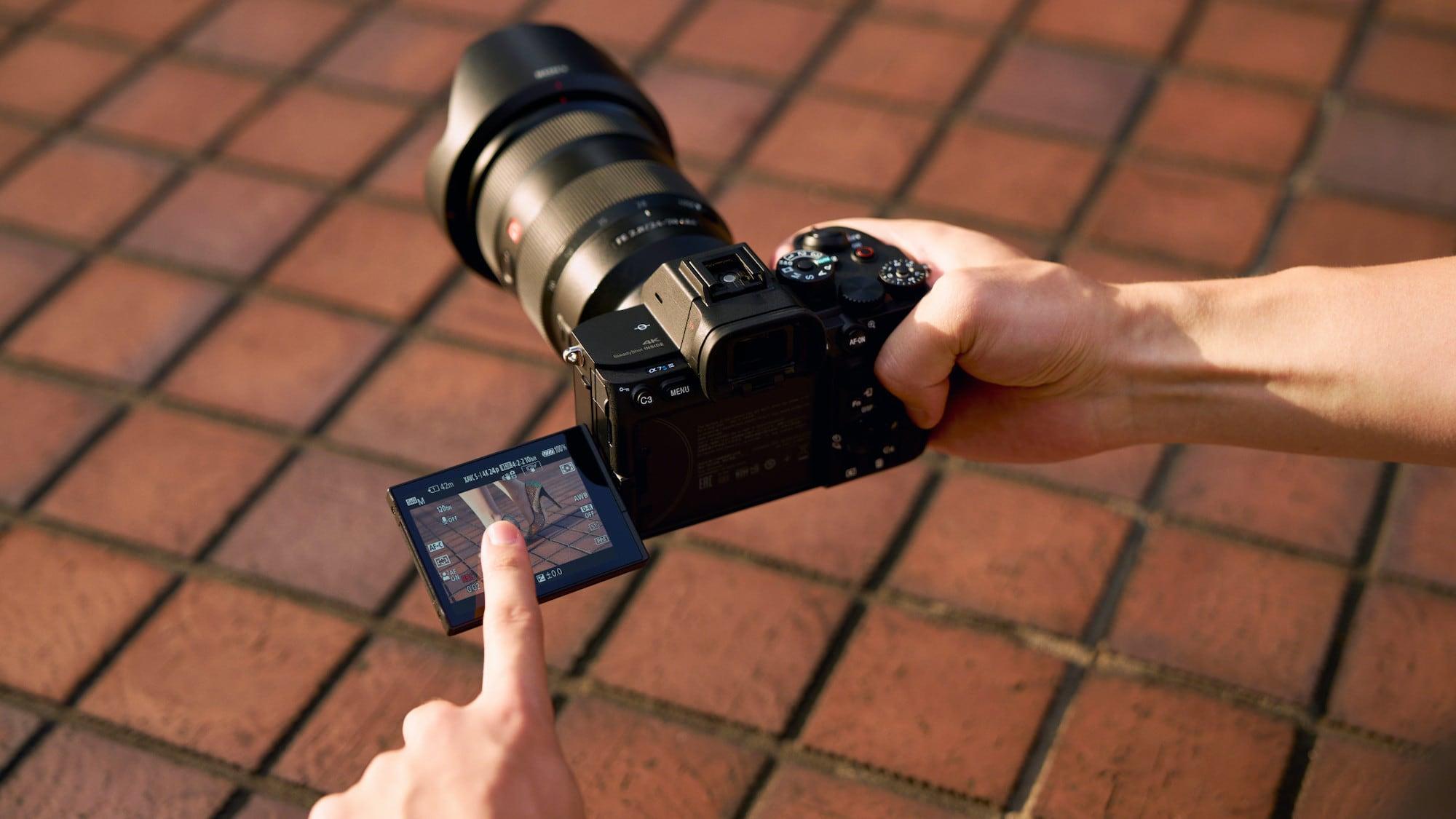 Sony Alpha 7S III mirrorless digital camera lets you shoot 4K video