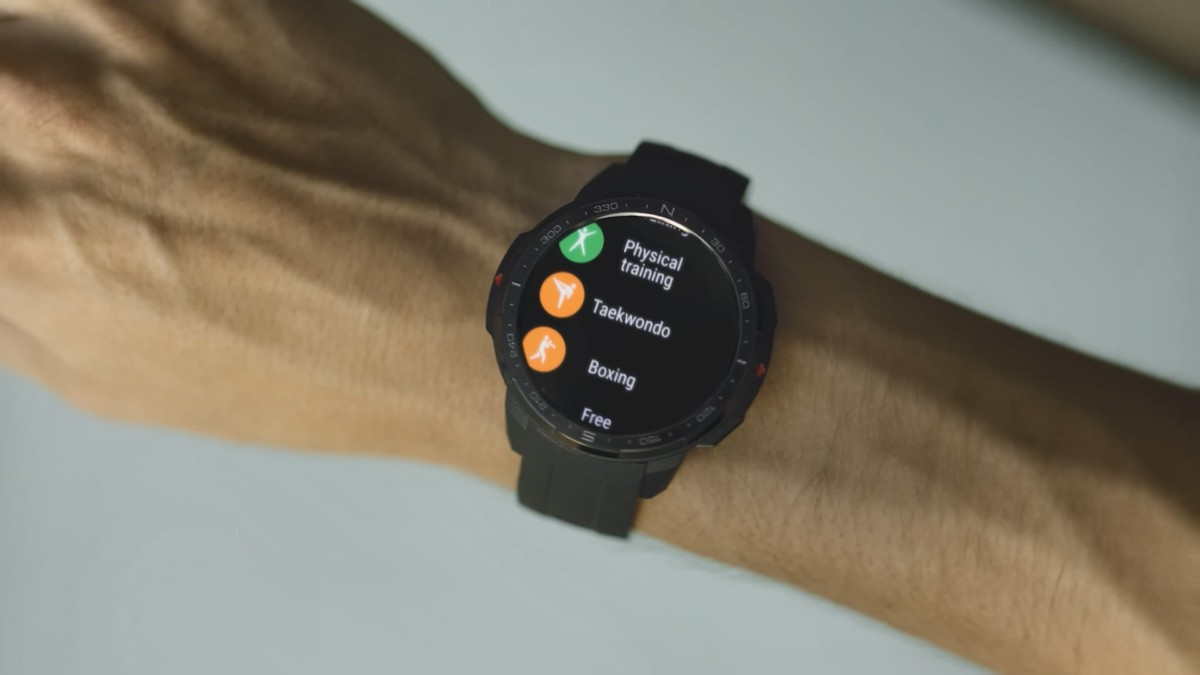 HONOR Watch GS Pro rugged smartwatch has a 25-day battery life » Gadget Flow