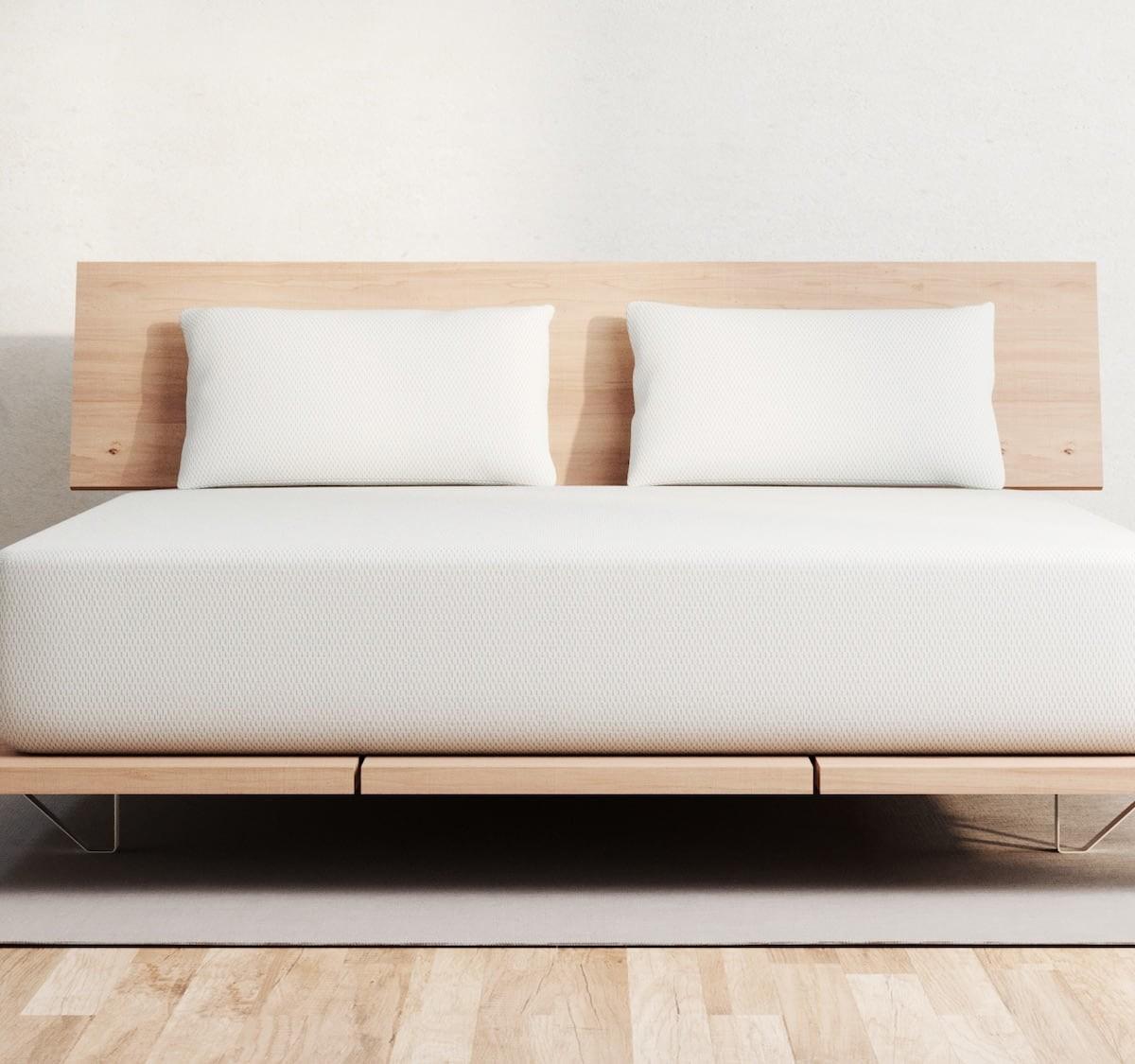 Vaya comfort foam mattress includes a 100-night sleep trial