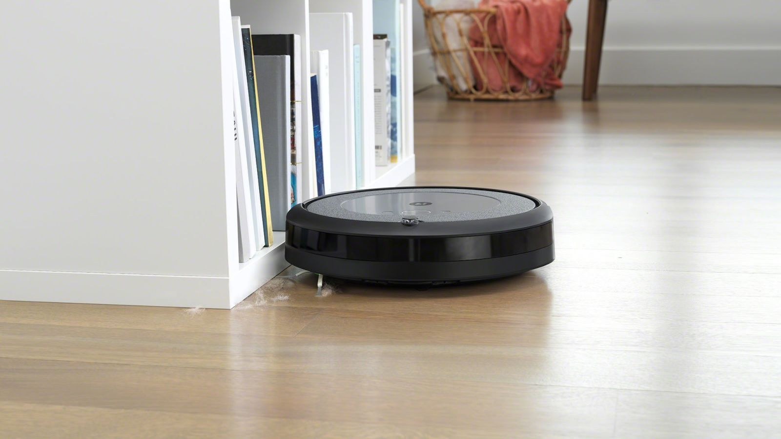iRobot Roomba i3+ robot vacuum empties debris on its own