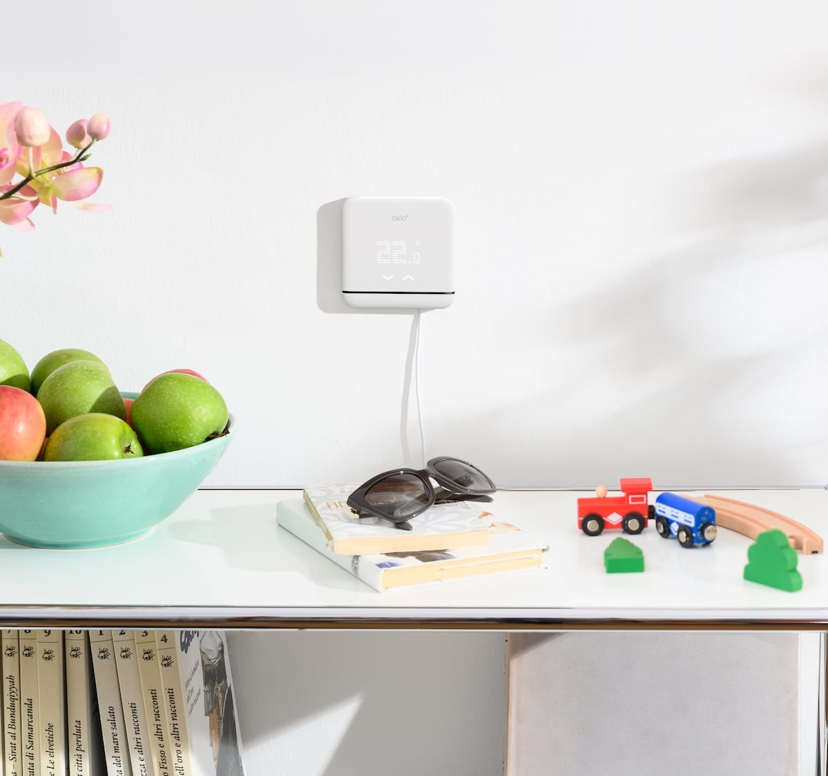 tadoº Smart AC Control V3+ infrared remote keeps you comfortable while saving energy