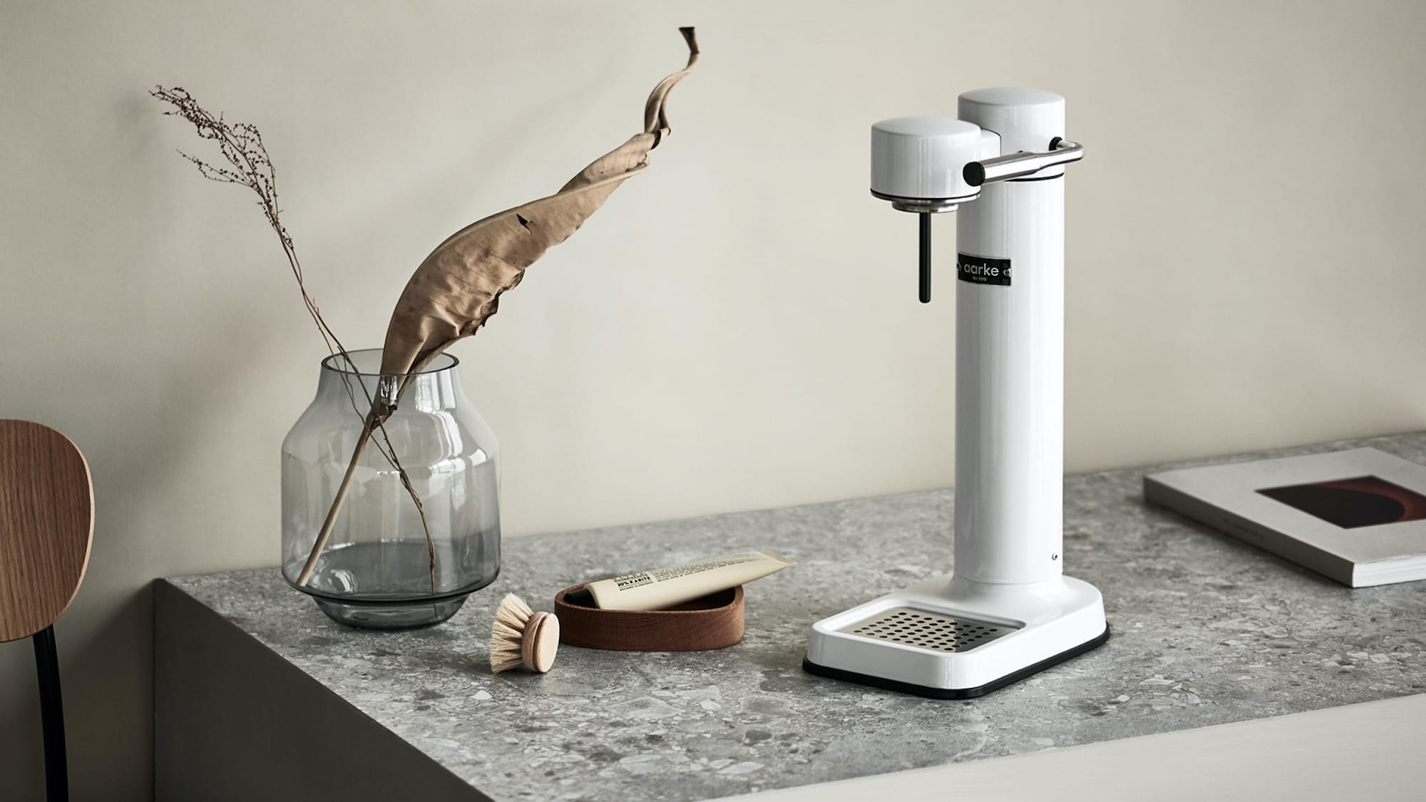 Aarke Carbonator II home sparkling water machine consists of premium materials